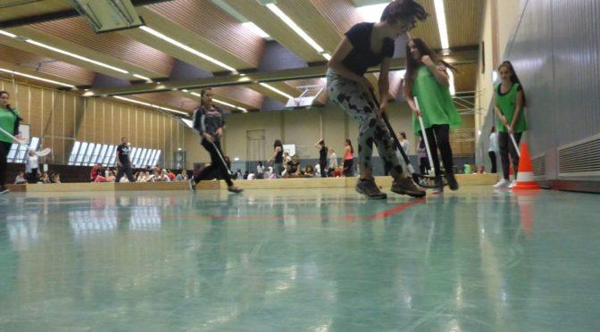 Ganz besondere & sportliche Grüße beim Mädchenhockeyturnier
