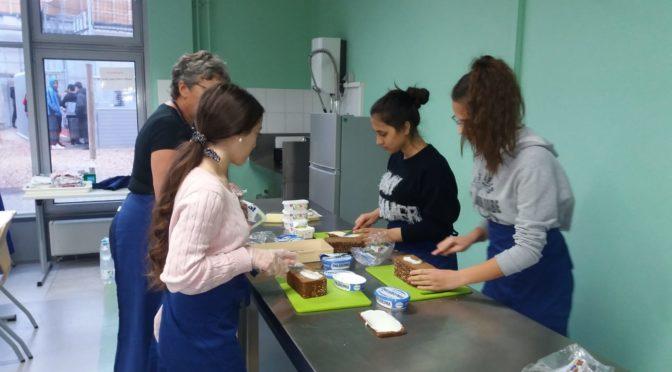Power Kiste in der Stein – Schule Projekt der Tafel Deutschland für ein gesundes Frühstück