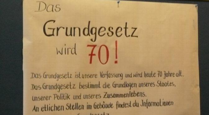 Das Grundgesetz wird 70-Stein-Schüler erkunden unsere Verfassung